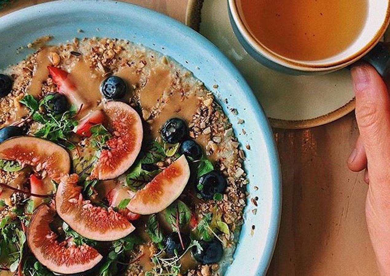 Millet Porridge & a hot cup of tea